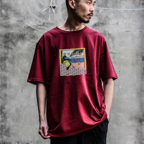 [디콤파스] CARTOON OVERFIT T-SHIRT(WINE)