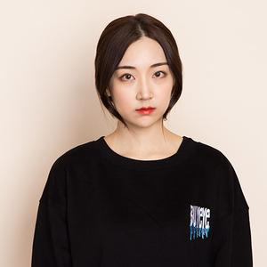 바이아이 스웻셔츠 BUYEYE UNISEX LOGO SWEATSHIRT (BLACK)