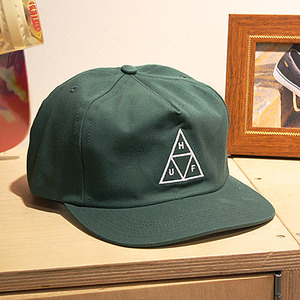 TRIPLE TRIANGLE SNAPBACK (DARK GREEN) - HFA17HT025DG