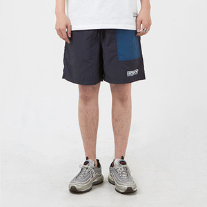 포켓 반바지 PATCH POCKET NYLON SHORT / NAVY