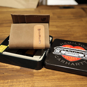 [칼하트] Carhartt Two-Tone Trifold Wallet  (Carhartt Brown) - CHT61-2233