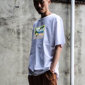 [디콤파스] CARTOON OVERFIT T-SHIRT(WHITE)